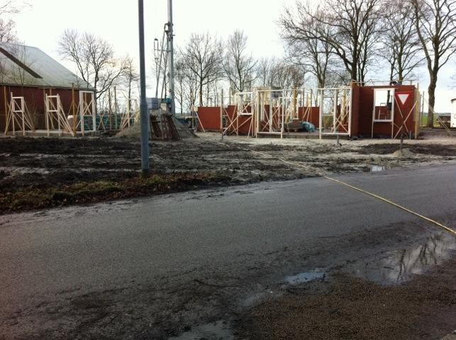 Nieuwbouw woning Wagenborgen, wordt gemetseld